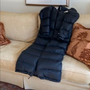 North Face all black puffer 700 down coat. small.